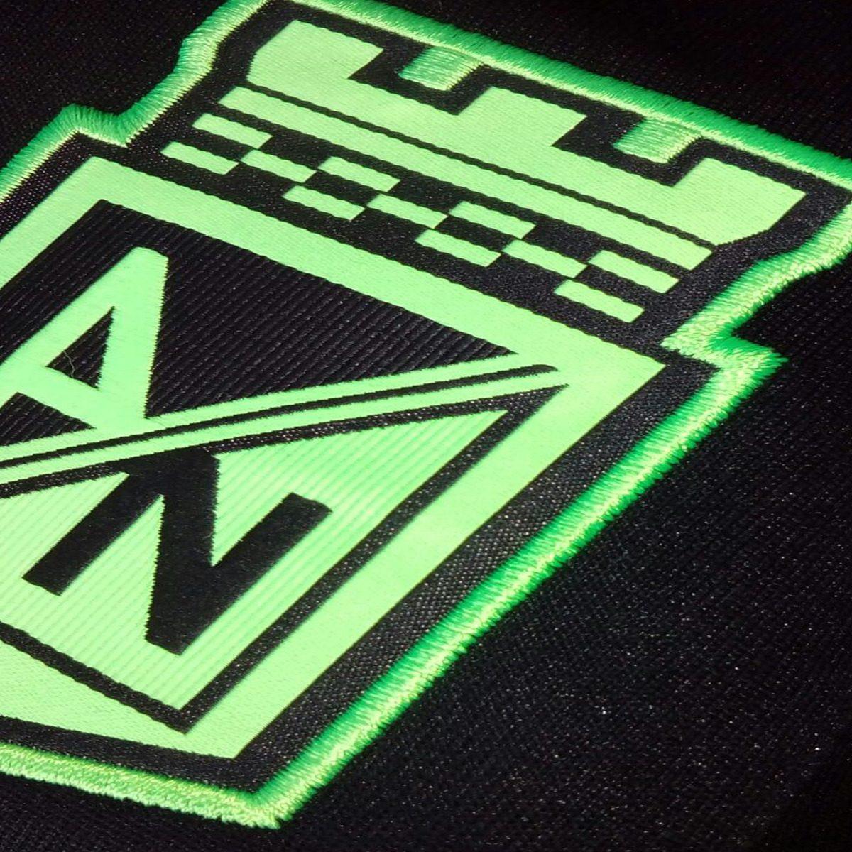 Chaqueta Nike Nacional Authentic Para Hombre -   79.900 en Mercado Libre 5dd922feb61
