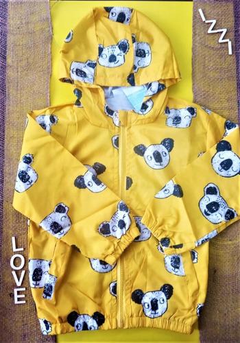 chaqueta rompe vientos con capucha de panda