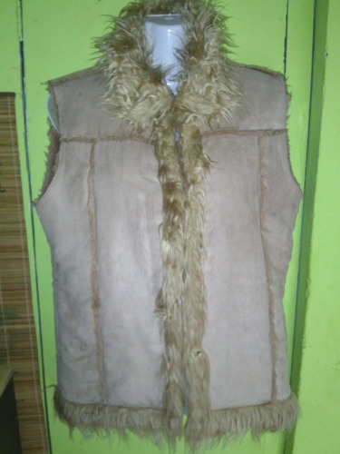 chaqueta sin mangas, reno y piel sintetica.