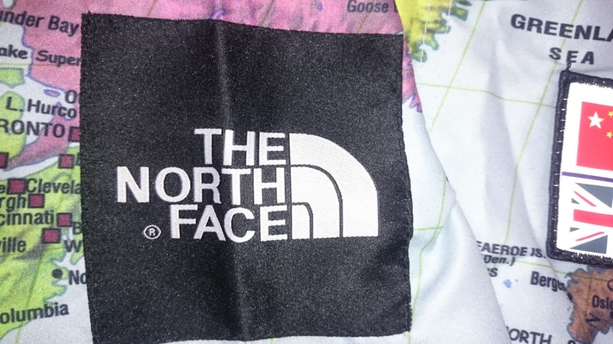 abrigo north face mapamundi