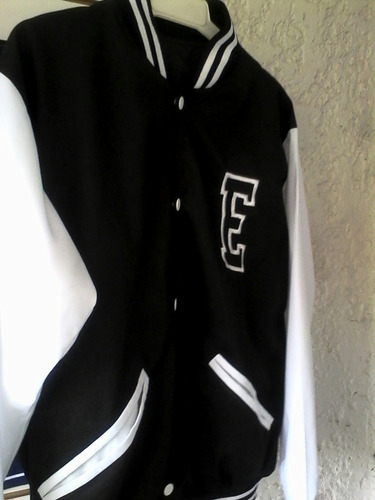 chaqueta universitaria en fleece perchado clasico