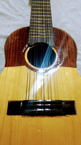 charango luthier