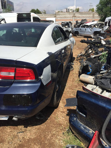 charger 2014 v8 accidentado solo por partes