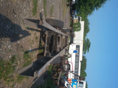 chasis coraza 2005 international para armar camion de carga