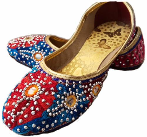 chatitas balerina hindú bordadas. india