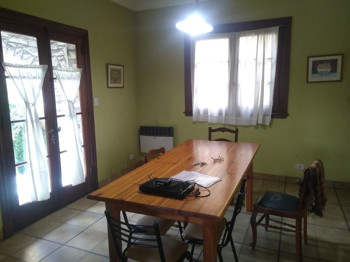 chauvin. chalet 6 ambientes