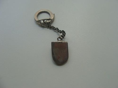 chaveiro antigo em metal
