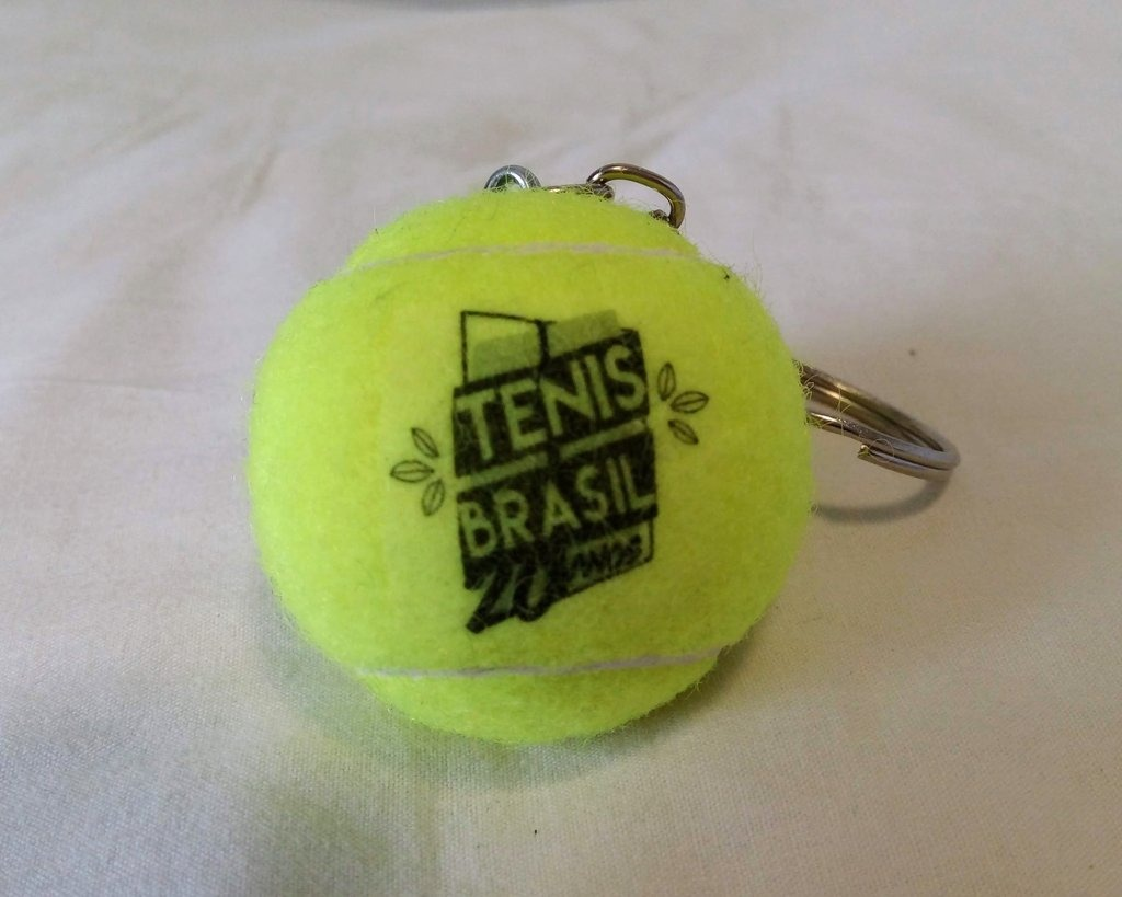 02e836b50fa Chaveiro Bola De Tênis Tenisbrasil 20 Anos - R  8