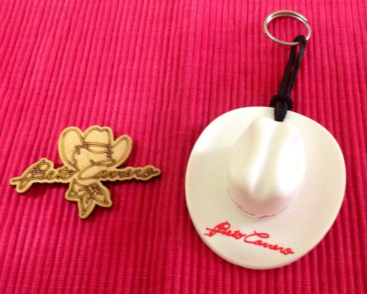 chaveiro chapéu beto carrero + íma geladeira (original!) Carregando zoom. c9ceb80d595