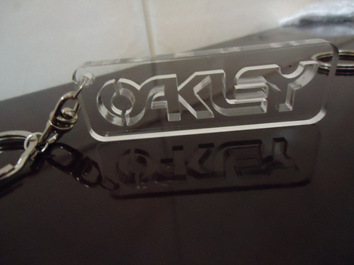 chaveiro da oakley acrilico 5mm corte a laser