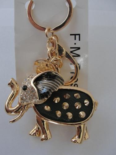 chaveiro em metal de animais