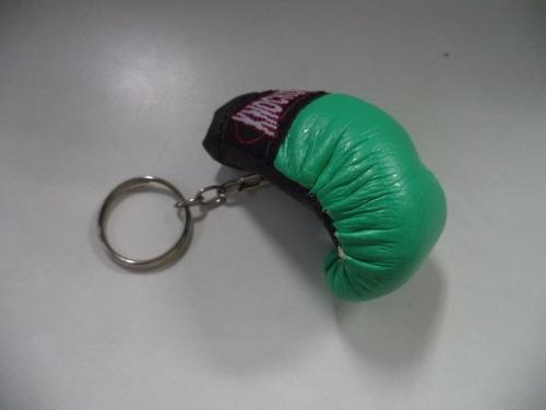 chaveiro mini luva de boxe.