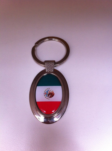 chaveiro oval da bandeira do méxico