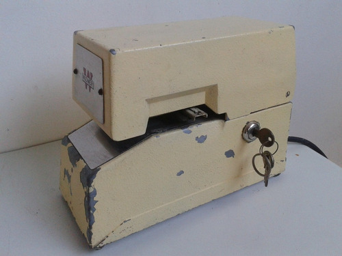 chequeador antiguo marca widmer..funcional