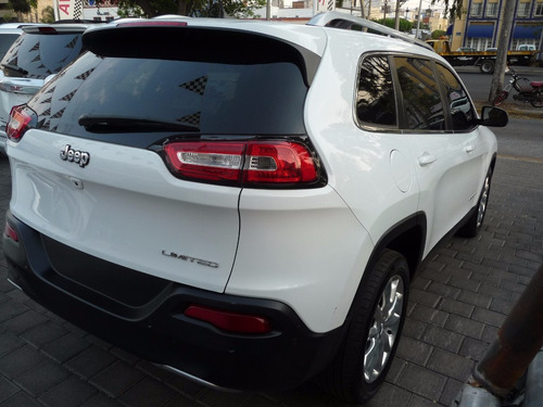 cherokee 2015 limited excelente!!!