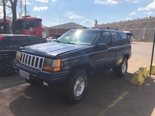 cherokee limited top com pneus grandes