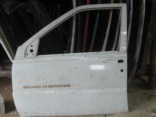 cherokee limited v8 porta  dianteira lado esquerda
