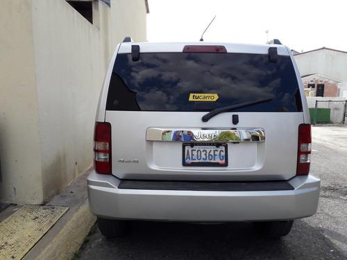 cherokee sport wagon 2012 4x4 6 cil