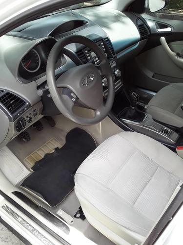 chery orinoco 2015  blanco 4 puertas
