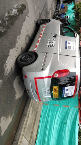 chery yoya mini van carga