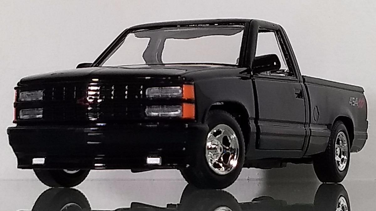 Chevrolet 454 Ss 1992 Pickup Escala 1:24 Motor Max Negro