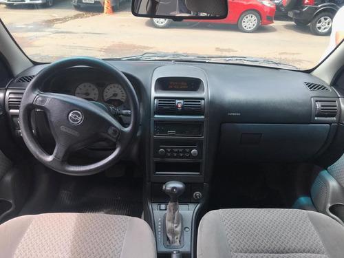chevrolet astra cd 2.0 2004/2004 automático gasolina