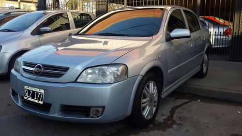 chevrolet astra gl 2.0 2007 gris 5 puertas nafta