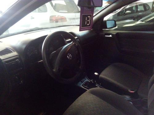 chevrolet astra gl 2.0 airbags muy bueno  permuto tamola