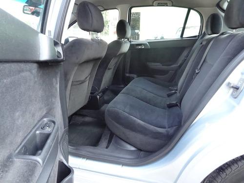 chevrolet - astra hatch 2.0 2p  2010