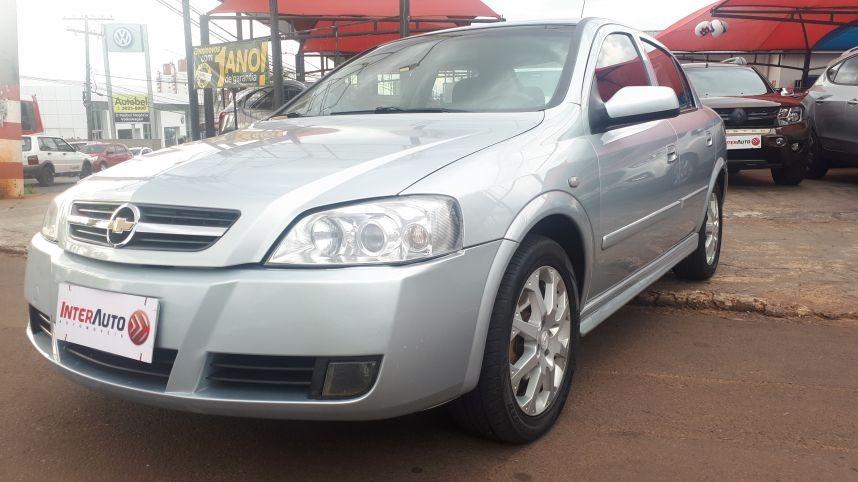 Chevrolet Astra Sedan Advantage 2011 Prata Flex R 25 900 Em