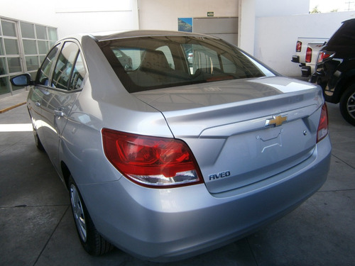 chevrolet aveo 1.6 ls aa radio airbag facelift mt