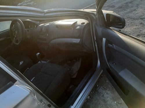 chevrolet aveo 2013-automático