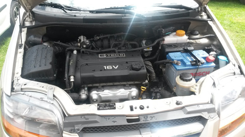 chevrolet aveo activo hatchback 2012 veiculo de uso personal