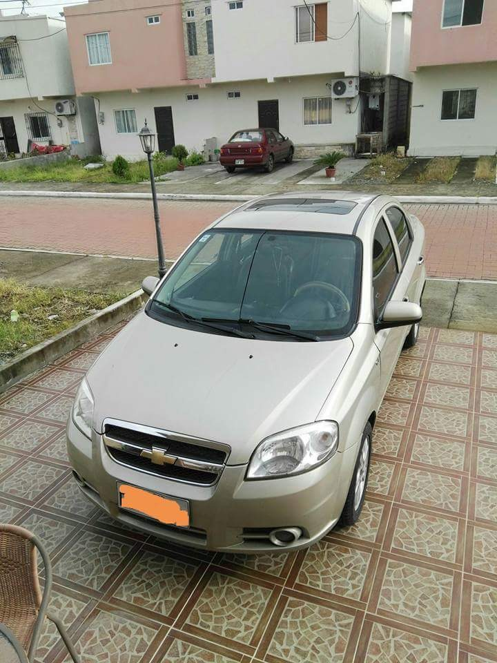 Chevrolet Aveo Emotion Advance 2014 Color Dorado Us 15000 En