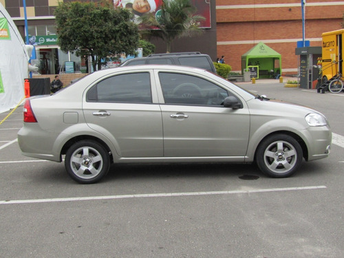 chevrolet aveo emotion mt 1600 aa ab abs