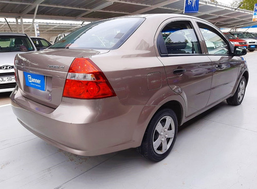 chevrolet aveo lt sedan 1.4 mt full 2015