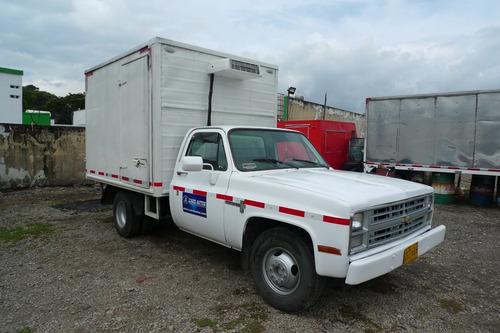 chevrolet    c 30 135    furgon carga seca