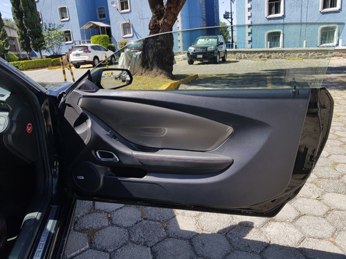 chevrolet camaro 6.2 coupe ss v8 at