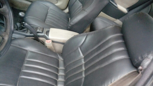 chevrolet cavalier sedan 4 puertas