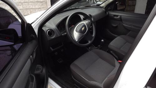 chevrolet celta 1.4 lt modelo 2012 blanco