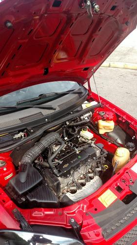 chevrolet celta lt 1.0 2012 flex 4 portas vermelho