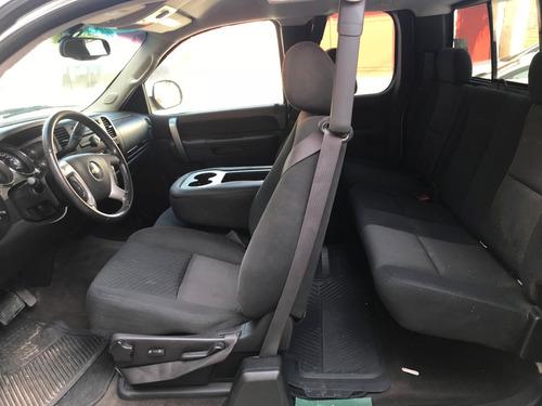 chevrolet cheyenne 5.3 2500 cab lt 4x4 mt 2013 blanca
