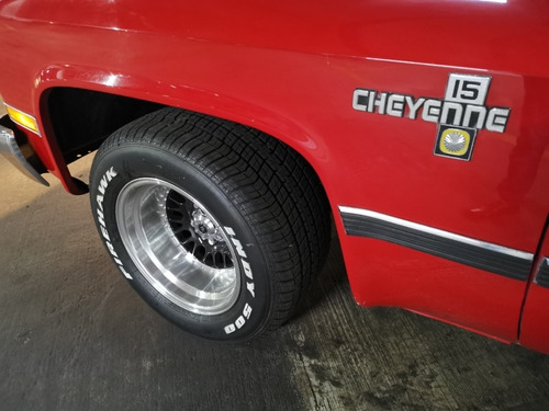 chevrolet cheyenne pickup standard