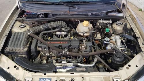 chevrolet classic 1.4 lt spirit 2012 aire y gnc