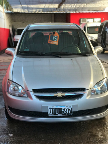 chevrolet classic impecable 2015