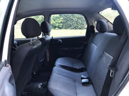 chevrolet classic ls 1.4 4 puertas