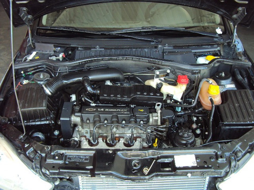 chevrolet corsa 1.4 maxx flex 4p c/ direção e pneus novos