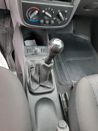 chevrolet corsa 1.4 mpfi maxx 8v flex 4p manual