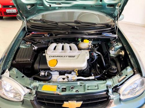chevrolet corsa 1.6 mpfi gls sedan 16v gasolina 4p manual