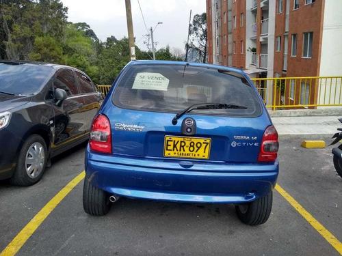 chevrolet corsa active azul modelo 2006 en buen estado